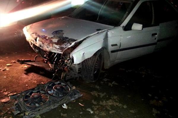 برخورد سواری پژو با سمند 2 کشته و 4 زخمی برجای گذاشت