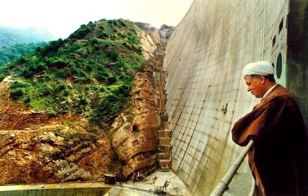 بومیسازی تکنولوژی سدسازی از اقدامات مهم آیتالله هاشمی بود/ از خروج میلیاردها مترمکعب آب جلوگیری شد