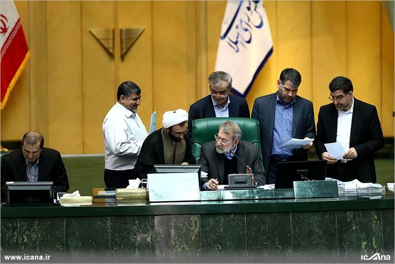 گزارش تصویری/بیست و نهمین جلسه بررسی جزئیات لایحه برنامه ششم در صحن علنی مجلس