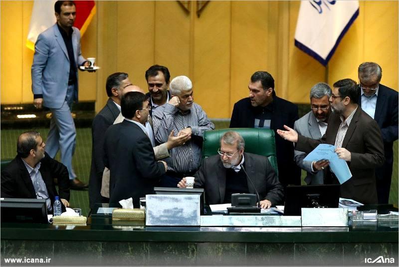 گزارش تصویری/ سی و دومین جلسه بررسی جزئیات لایحه برنامه ششم در صحن علنی مجلس