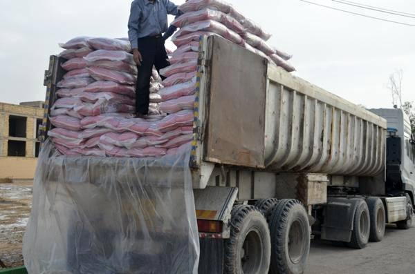 کشف بيش از 20 تن برنج قاچاق در پل زال انديمشک