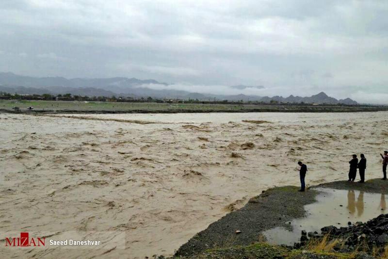 امدادرسانی به 40 هزار گرفتار سیل در 11 استان