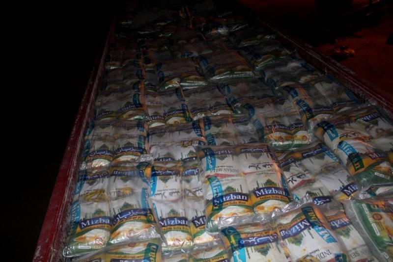 محموله 23 تنی برنج قاچاق در کنگان توقیف شد